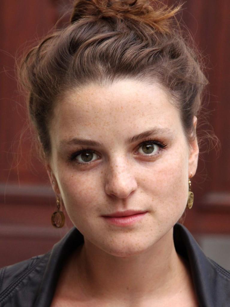 Laura-Charlotte Syniawa - Schauspielerin